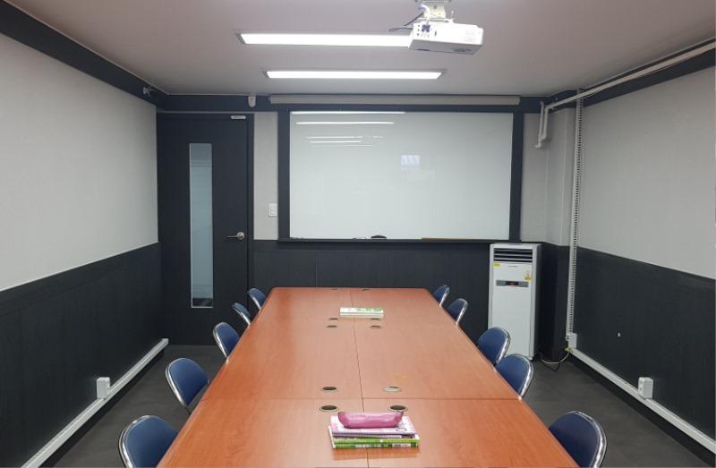 어학실 4강의실.jpg
